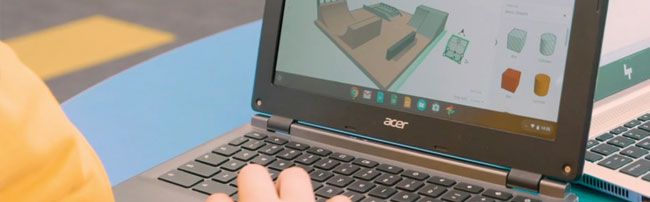 A students creating a 3D model on a laptop