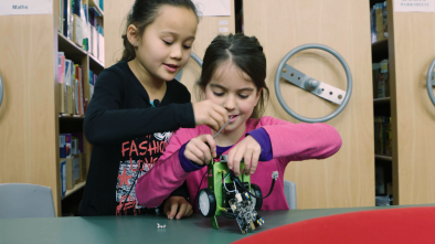 Inclusion and collaboration in a makerspace