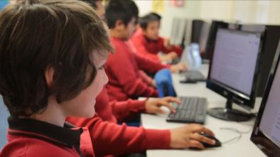 Improving boys' writing using Google docs